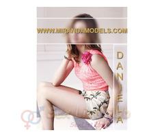 Daniela estudiante de 19 años, solo por temporada.