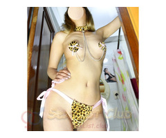 Natasha cuerpo natural e increibles curvas